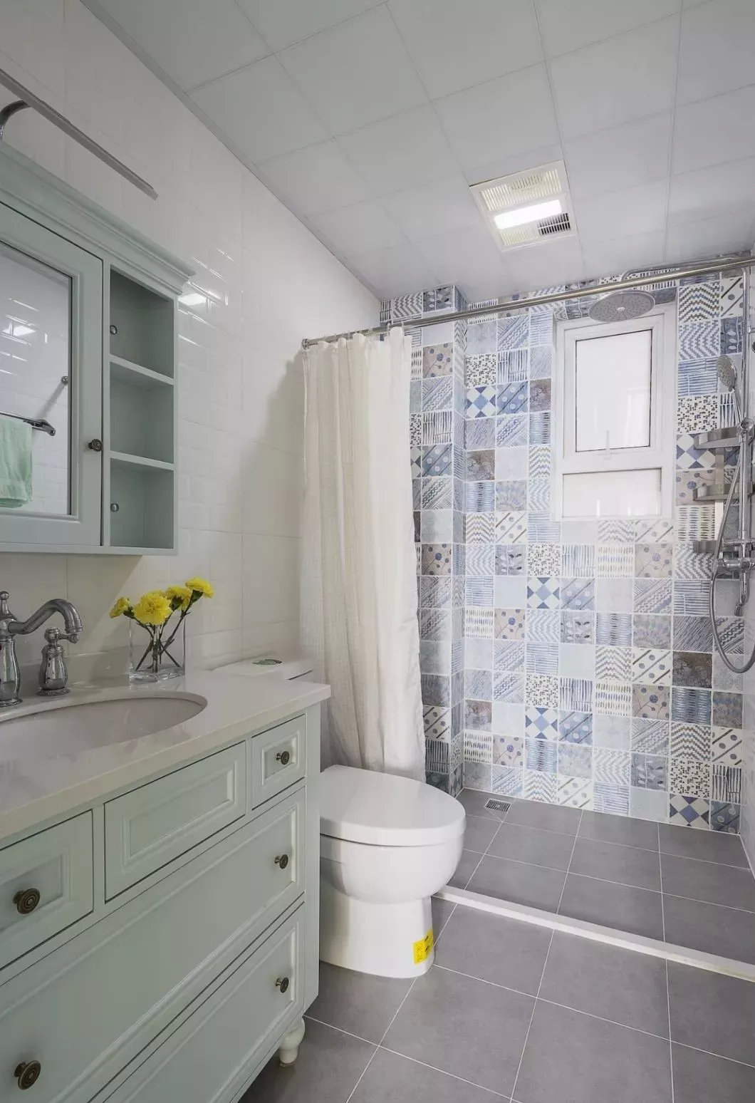 美式风格卫生间墙砖装修效果图