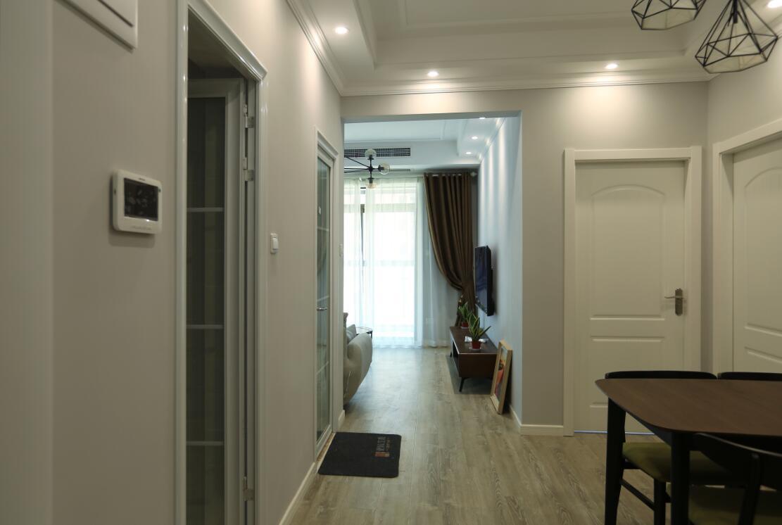 二居室81平米装饰实例图
