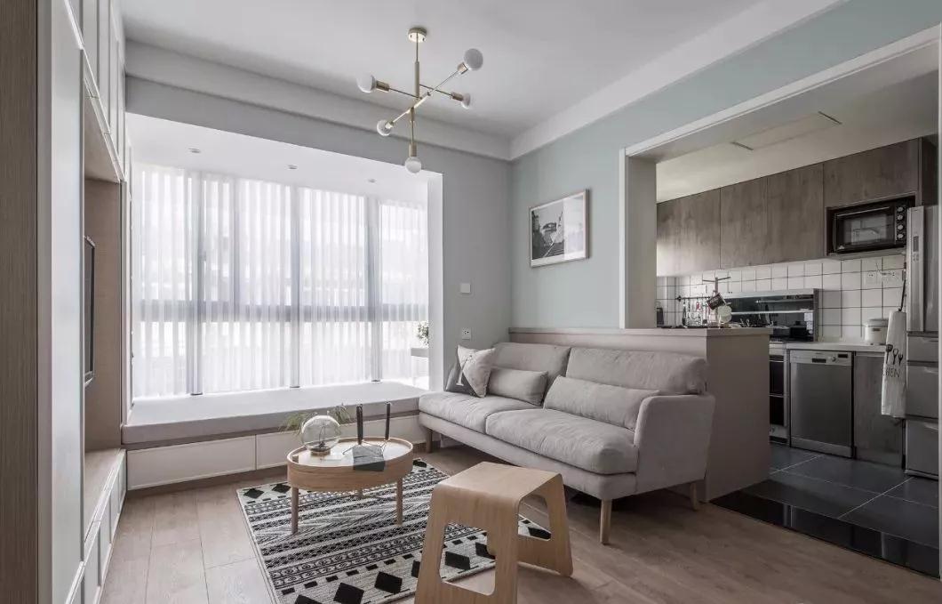 二居室现代简约风格装修实例