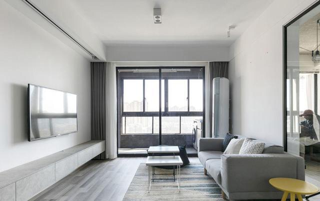 二居室现代简约风格室内图片